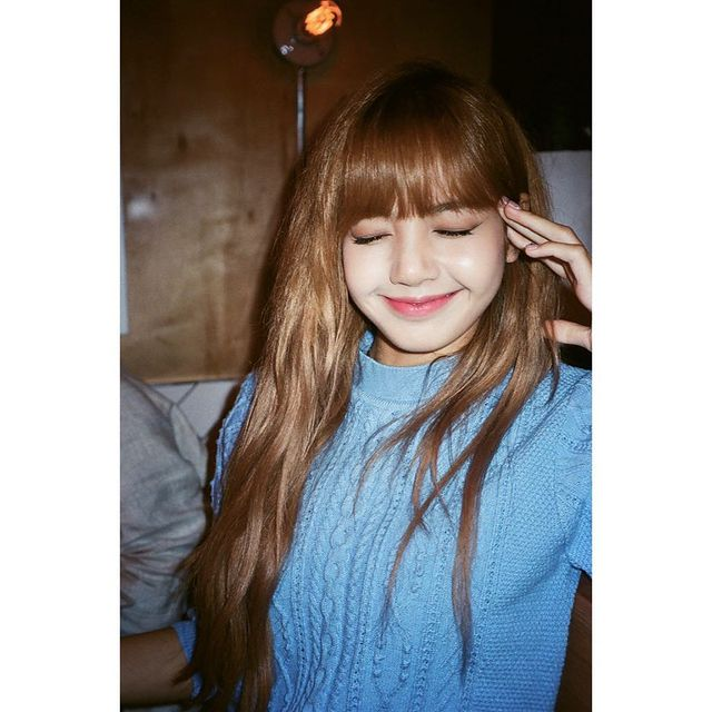 Manoban executed her schooling from the Praphamontree School 1 & two She started out to take a deep activity in South Korean Pop track from an early age. She grew to be an avid listener of artists such as 2NE1 and Big Bang