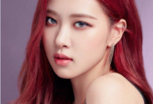 "Roseanne Park is best known as Rosé, who was born on February 11, 1997, in Auckland New Zealand. She is a singer and dancer. Together with Jennie, Lisa and Jisu, she is a member of the Korean girl group ""Black Pink"". She lives in South Korea and grew up in Australia."